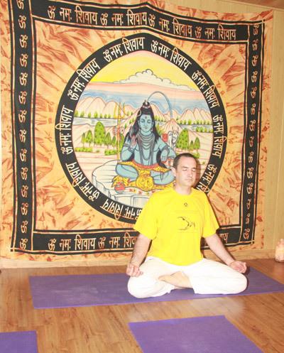 yoga para principiantes en Yuncos
